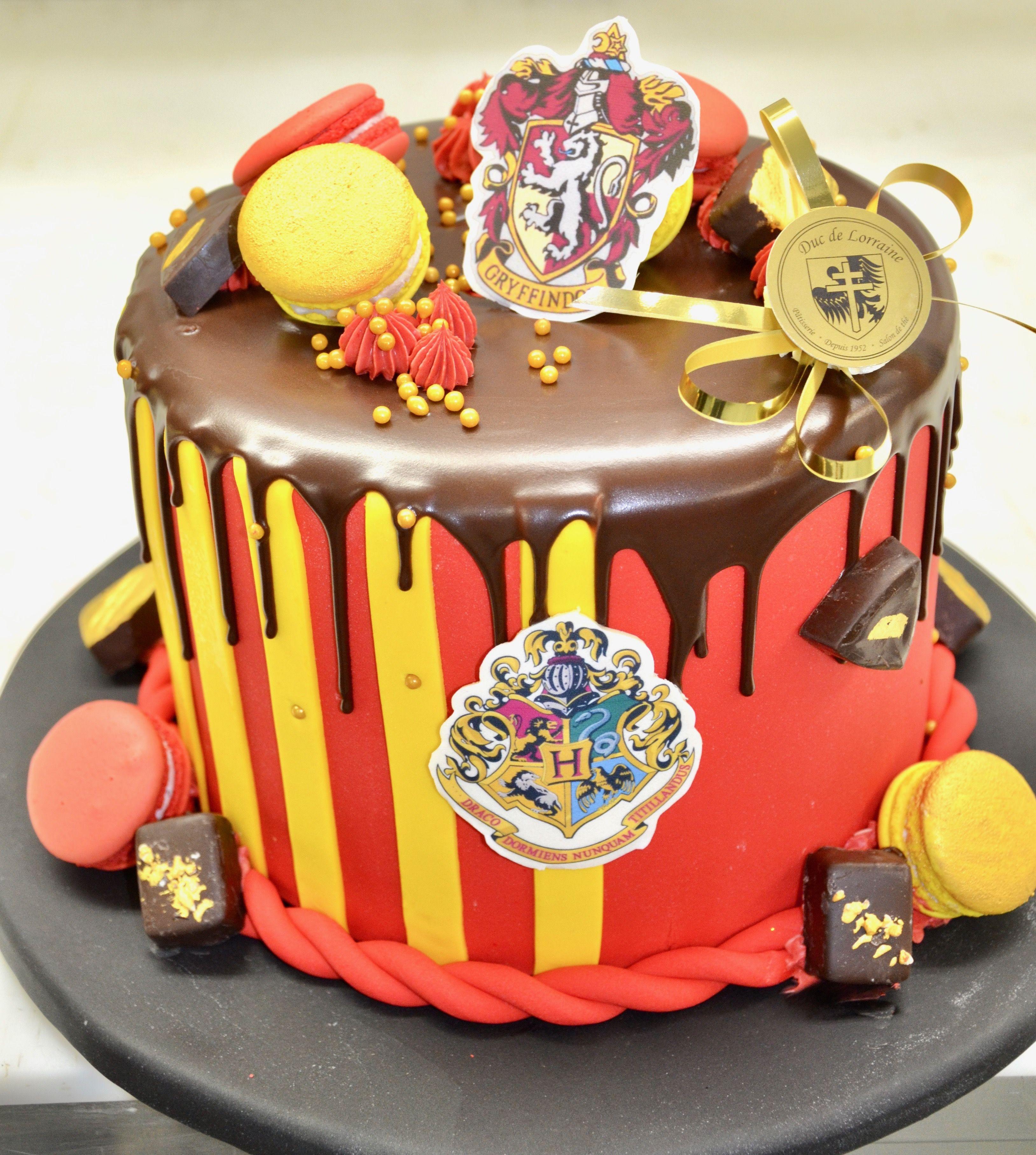 Super Special Orders Custom Cakes Custom Birthday Cakes Cake Personalised Birthday Cards Veneteletsinfo