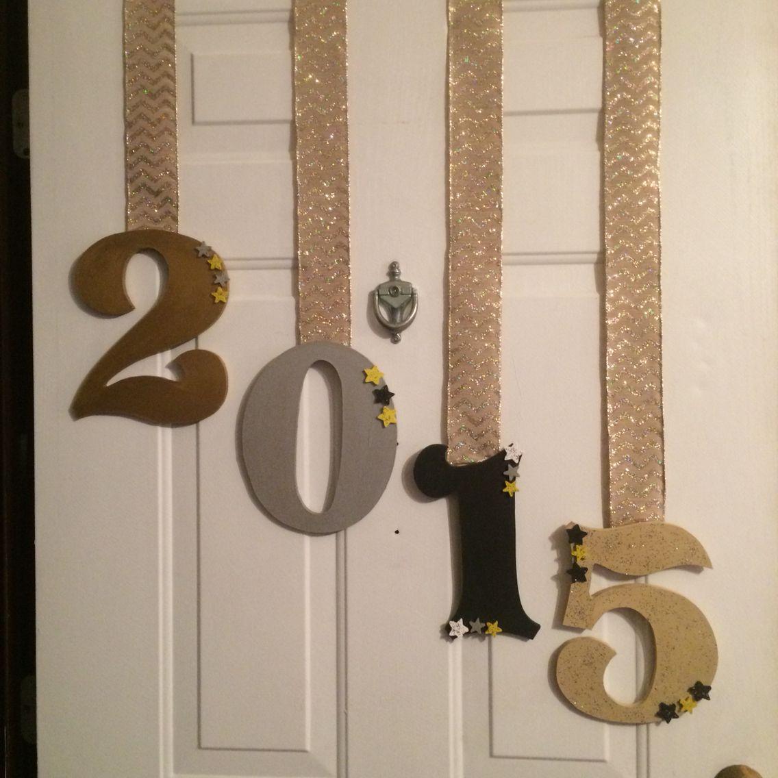 Happy new year door decor   New years eve decorations, Diy ...