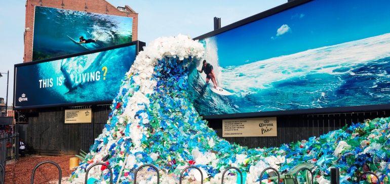 Corona raises beach pollution awareness with sculptures