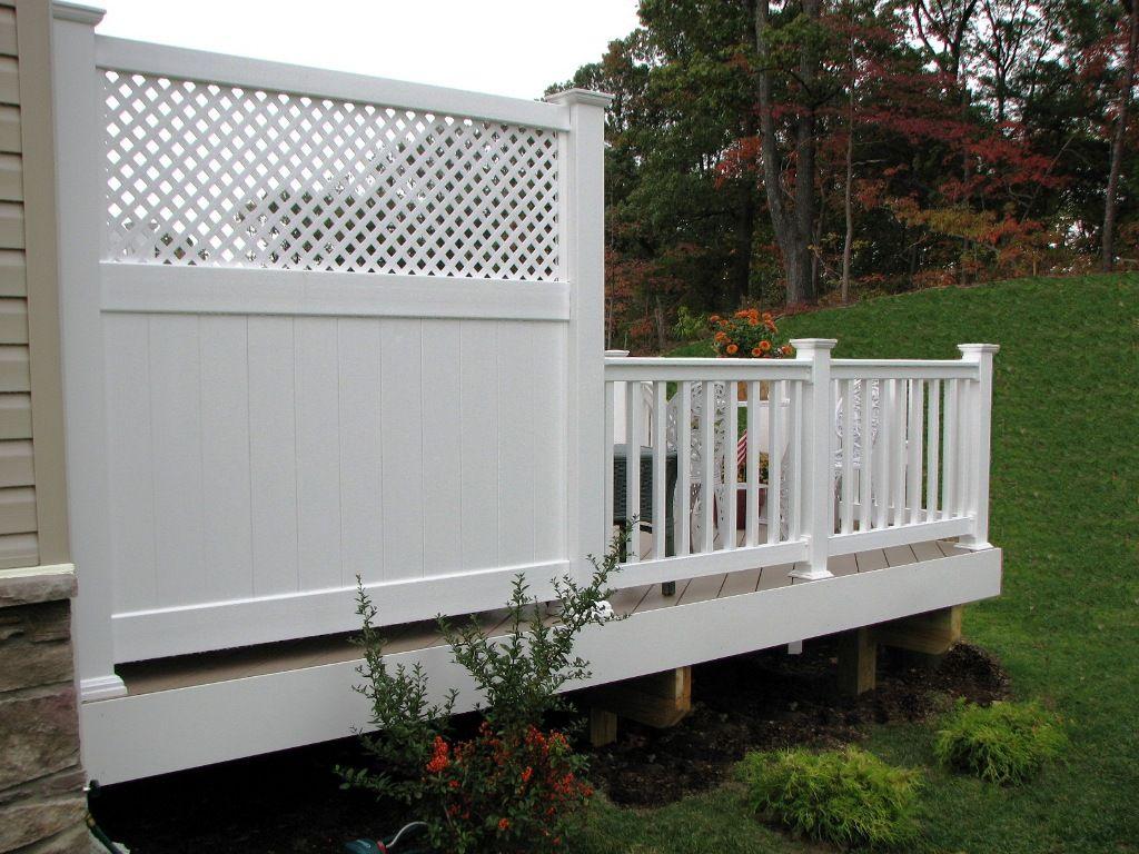 Azek Low Maintenance 6 Deck Privacy Panel With Lattice Top