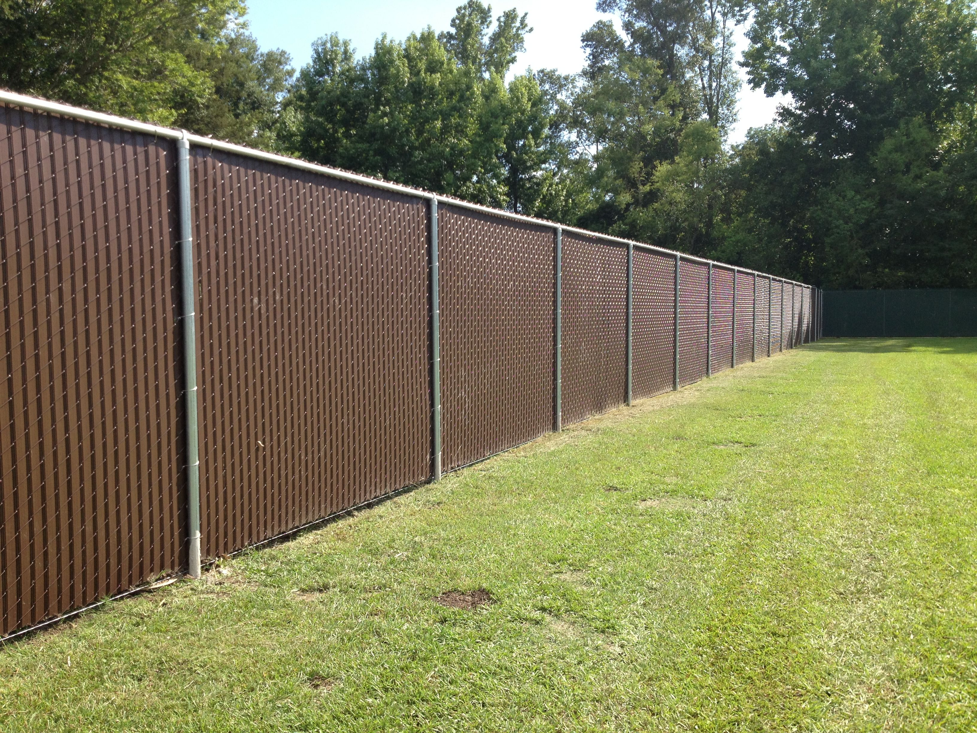 privacy slats in 8 ft tall chain link fence