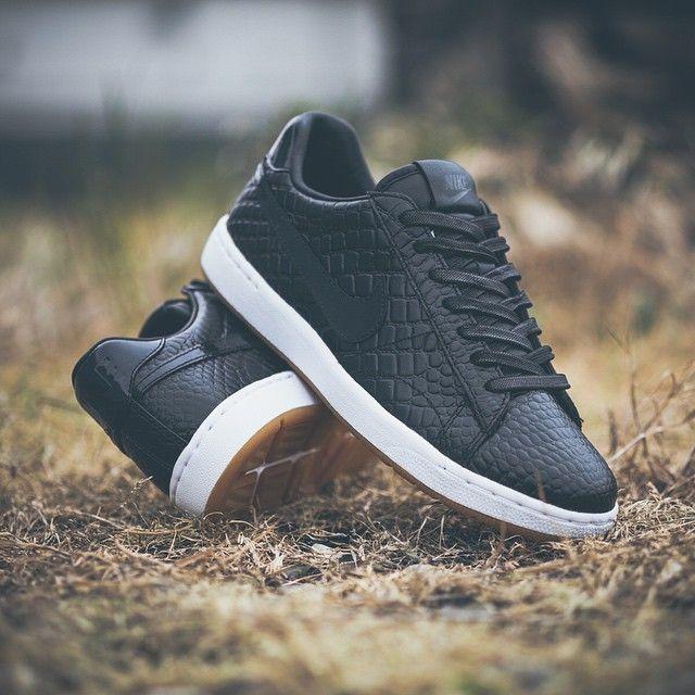 on sale 039e6 90593 Nike Tennis Classic Ultra PRM QS