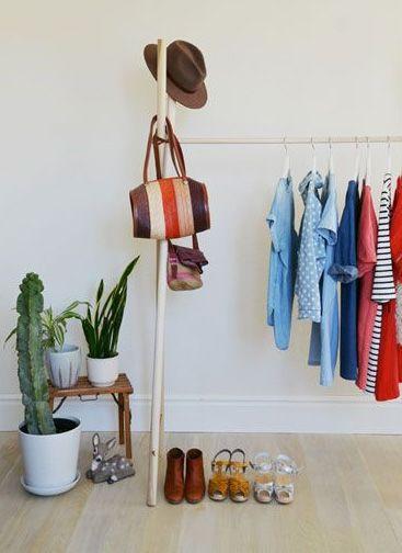 Stokker i kors med en tverrligger DIY garderobe Håndarbeiden - diy garderobe