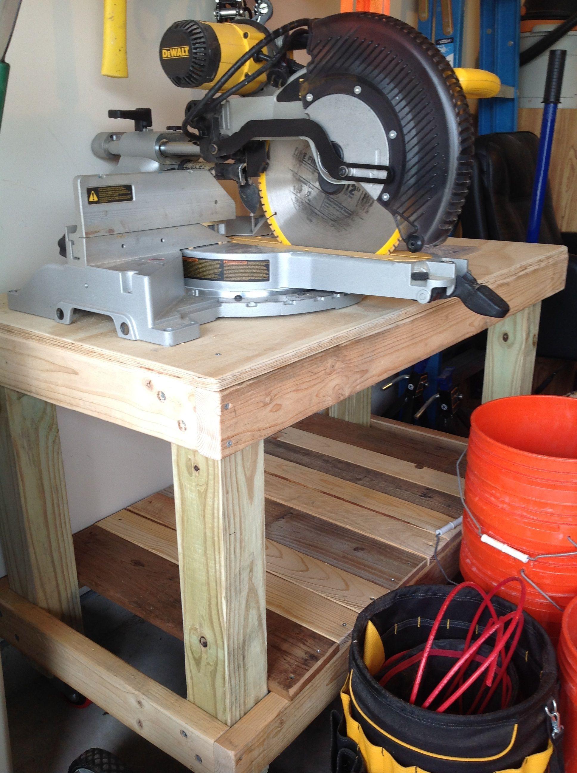 diy rolling workbench 4x4 post legs 2x4 frame pallet wood shelf locking - Rolling Workbench