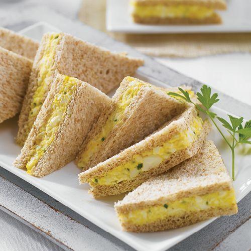 Petits sandwichs aux ufs bonne app tit - Idee de sandwich froid ...