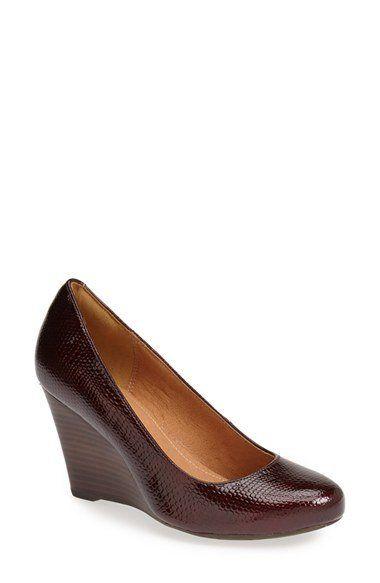 Loving these wedge pumps!! #mystyle #shoesboots&heelsohmy #wedgepumps #brownheels #dressshoes
