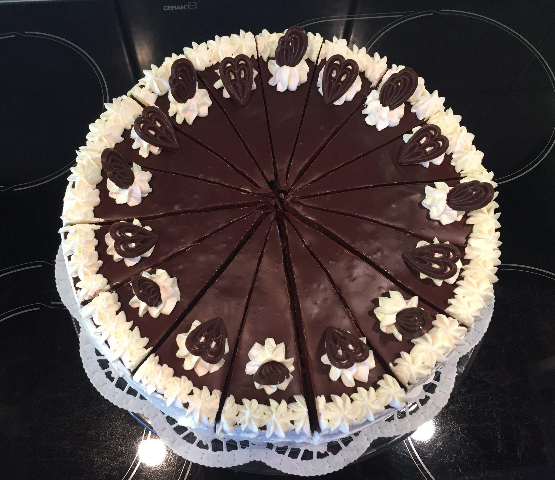 Schokoladen Himbeer Torte