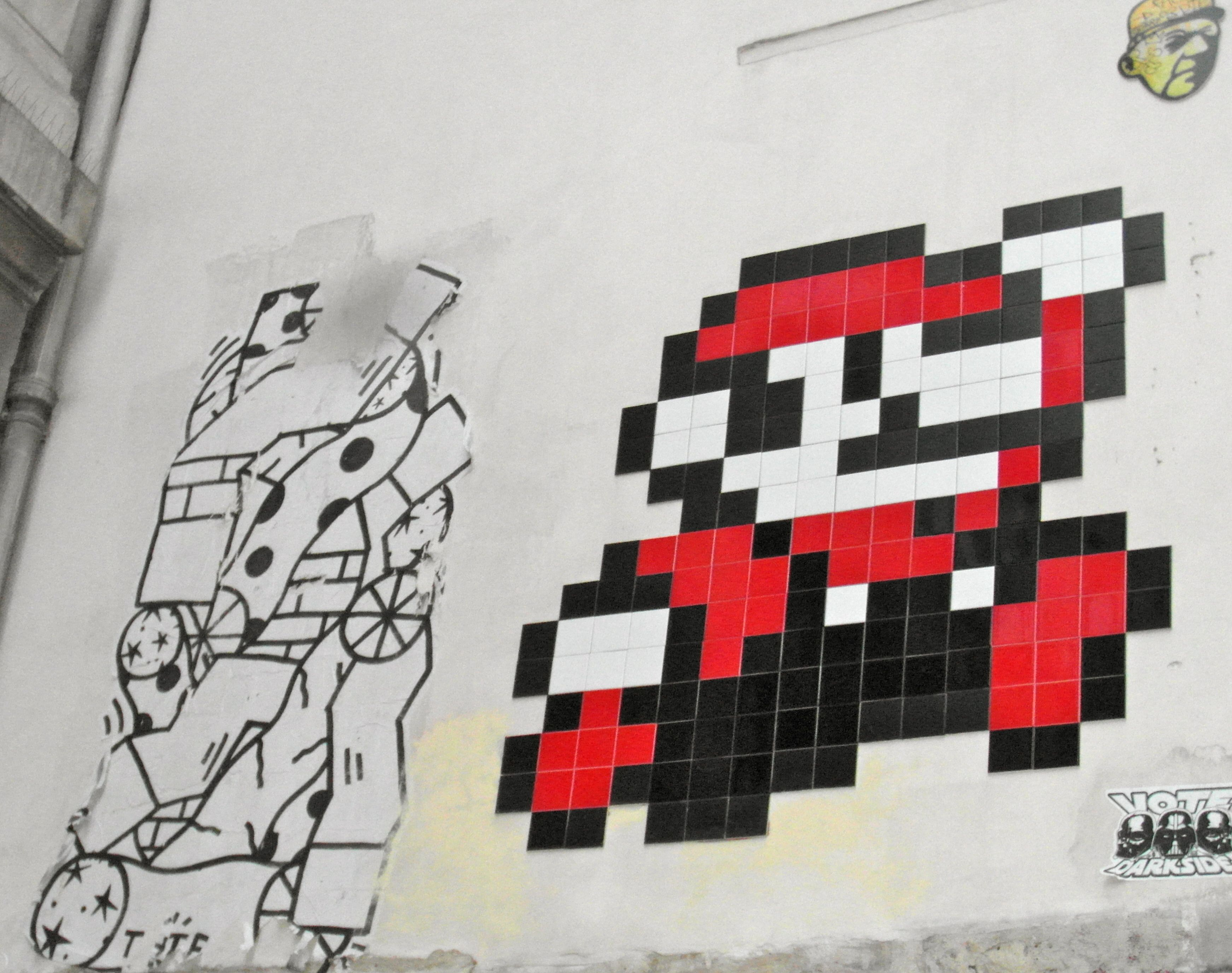 EDOUARD SCARFOGLIO, THTF,SPACE INVADER,MR PEE. Le Marais Paris