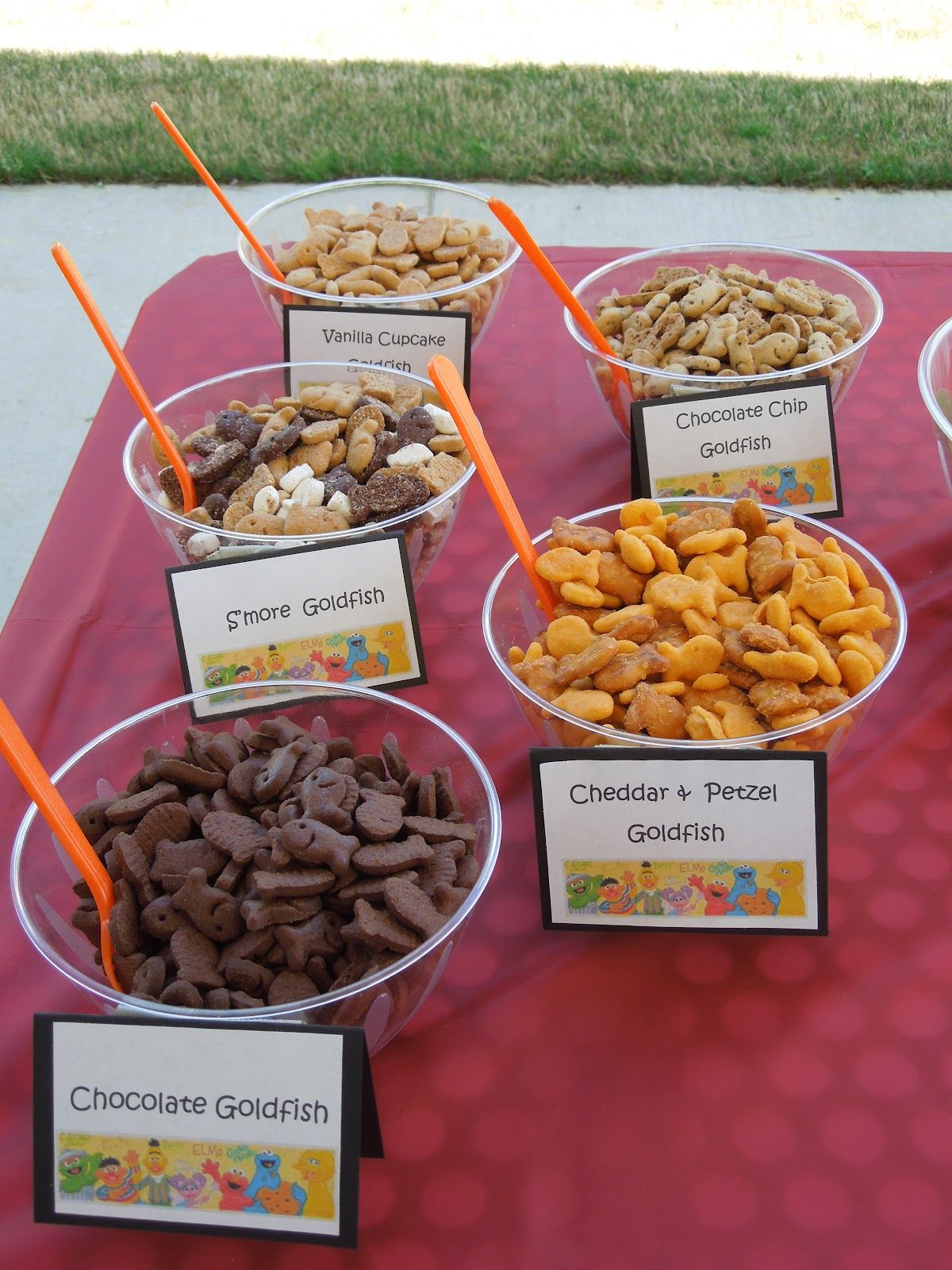 Elmo Party Goldfish Bar Cat birthday party, Elmo party