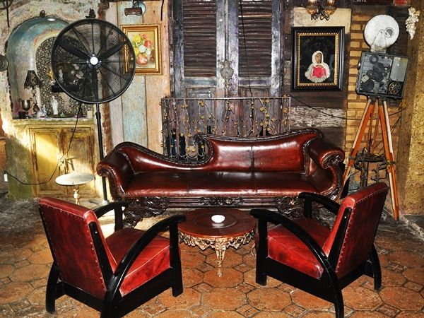 La Favela Hotspot With Vintage Design In Seminyak Bali