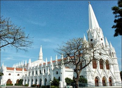 A sultry summer afternoon, I walked towards the National Shrine of St. Thomas Basilica, Chennai, intrigued by its structure and stature and that it completes 120 years of existence in 2013…