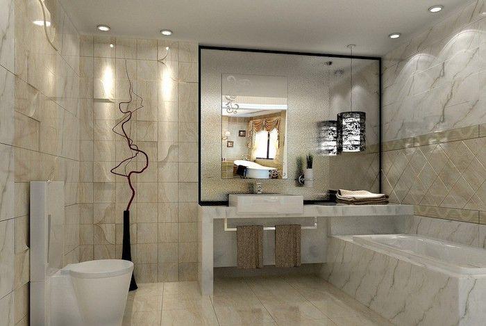 Kleine Badezimmer ~ Bäderideen kleines bad mit marmorfliesen großer eckiger spiegel