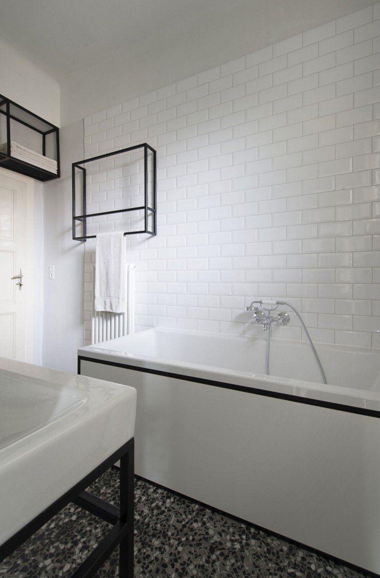 Tapis Salle De Bain Habitat ~ Parquet Chevron Et Cuisine Bois Et Blanc Dans Un Appartement
