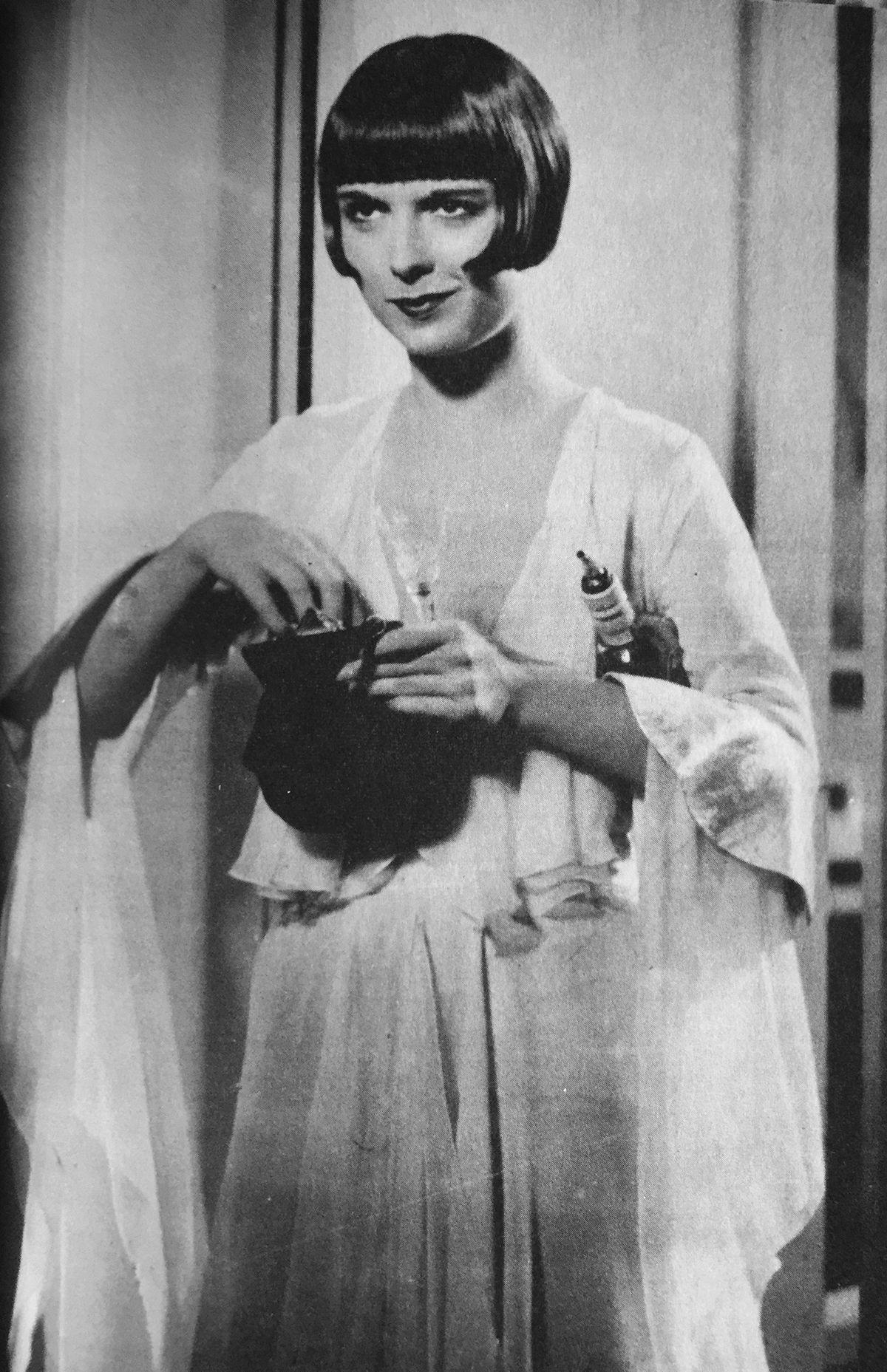 Faith Brook,Patricia Belcher Porno video Nicki Hunter,Arthur Lowe (1915?982)