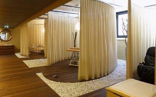 Massage room design plan google search makeup studio for Massage room interior design ideas