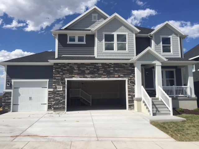 Image Result For Mixing Light Gray And Blue Vinyl Siding Gray House Exterior Exterior House Colors House Exterior