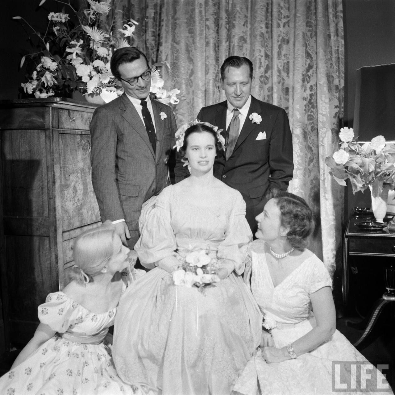 Gloria Vanderbilt 1956 Wedding Celebrity Wedding Photos Vintage Wedding Photos Celebrity Weddings