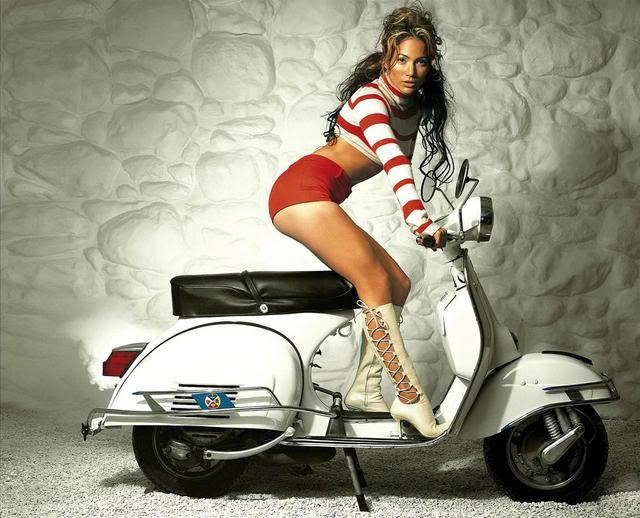 Celebrity Scooters. Jennifer Lopez and Vespa!