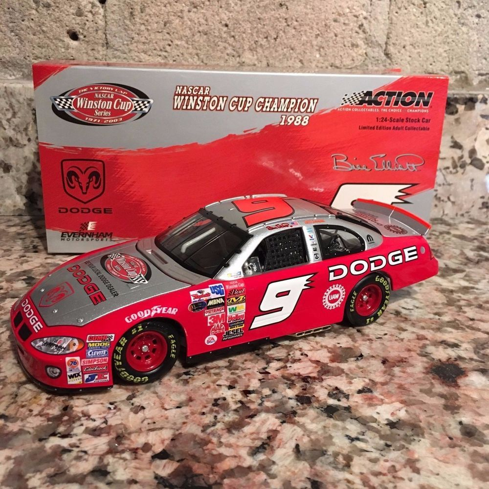 Bill Elliott No. 9 The Victory Lap/Dodge Champion 2003 1