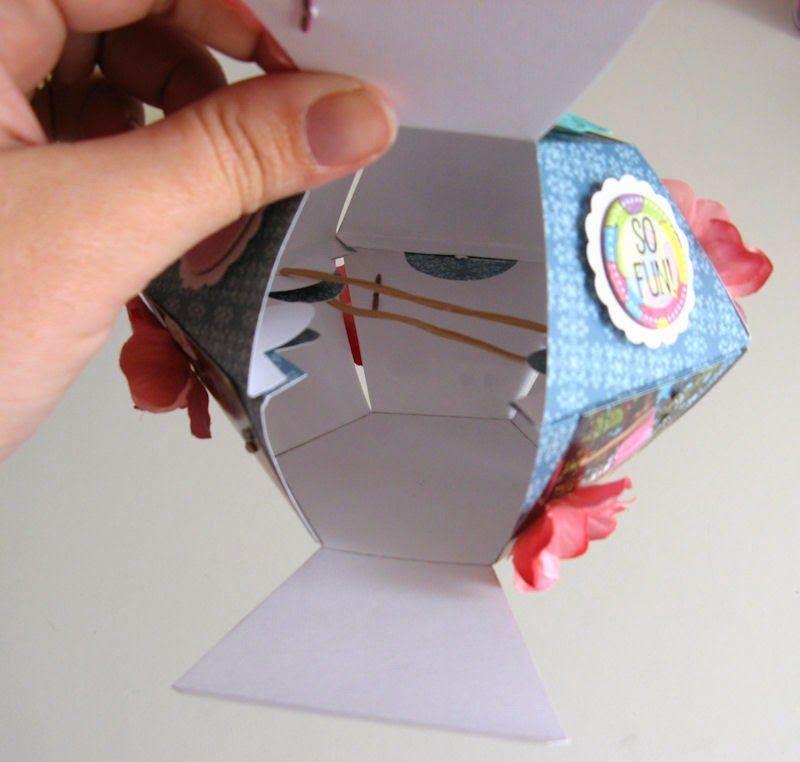 A Pop Up Hexagon Ball Paper Tree Pop Up Card Templates Pop Up Cards Birthday Card Pop Up