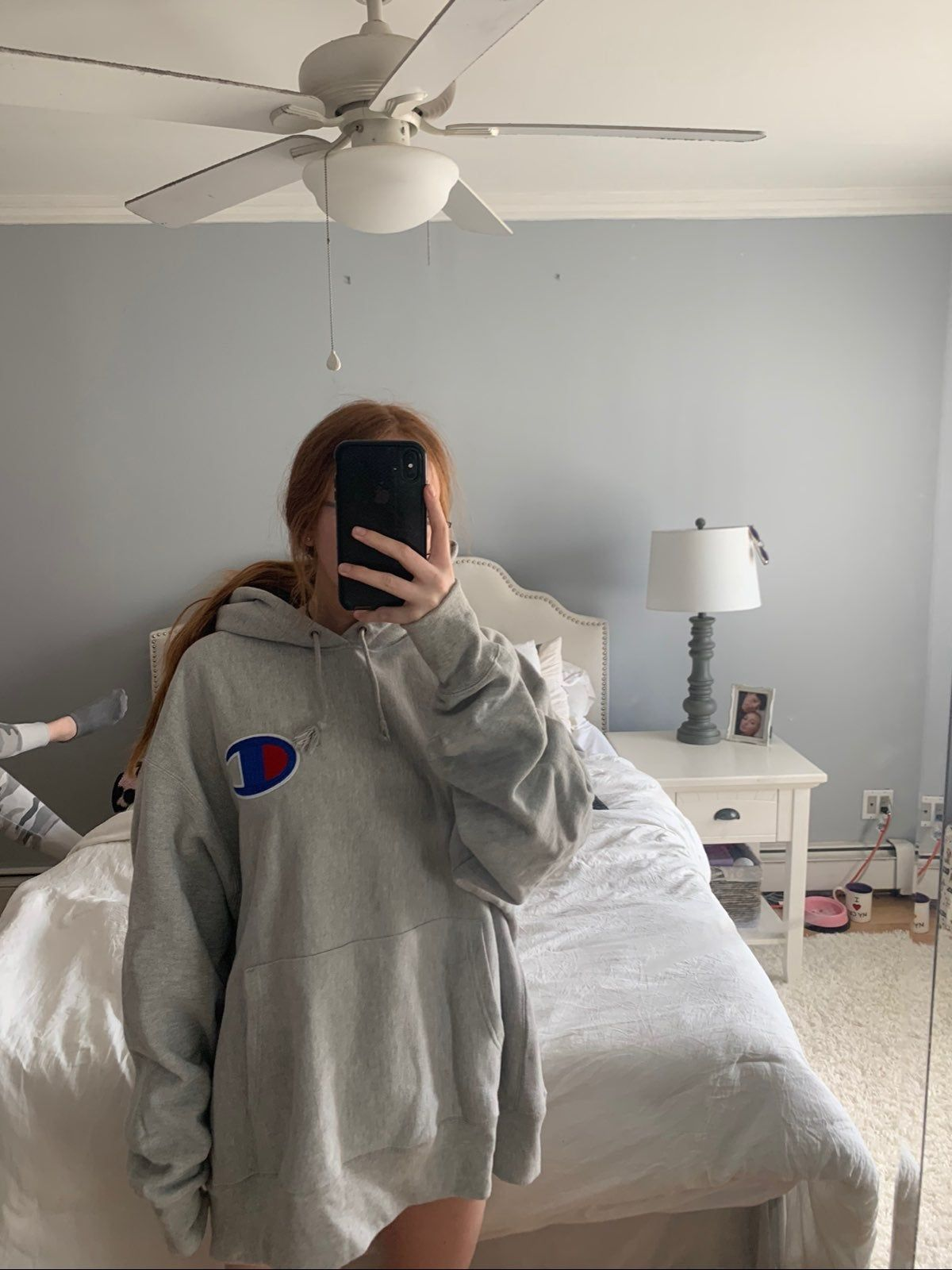 Predownload: Oversized Champion Hoodie Oversized Hoodie Outfit Gray Hoodie Outfit Champion Hoodie [ 1600 x 1200 Pixel ]