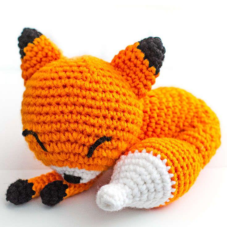 Free Amigurumi Crochet Fox : http://wixxl.com/procrastinating-fox-pattern/ Sleeping Fox ...