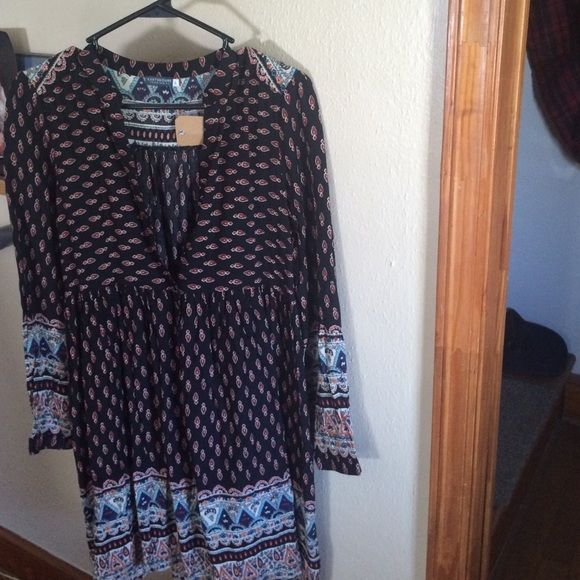Earthbound Trading Company Dress It is brand new! Boho Flowy Dress!  Beautiful Pattern, and has buttons in the front. Just a little too long for me Dresses Long Sleeve