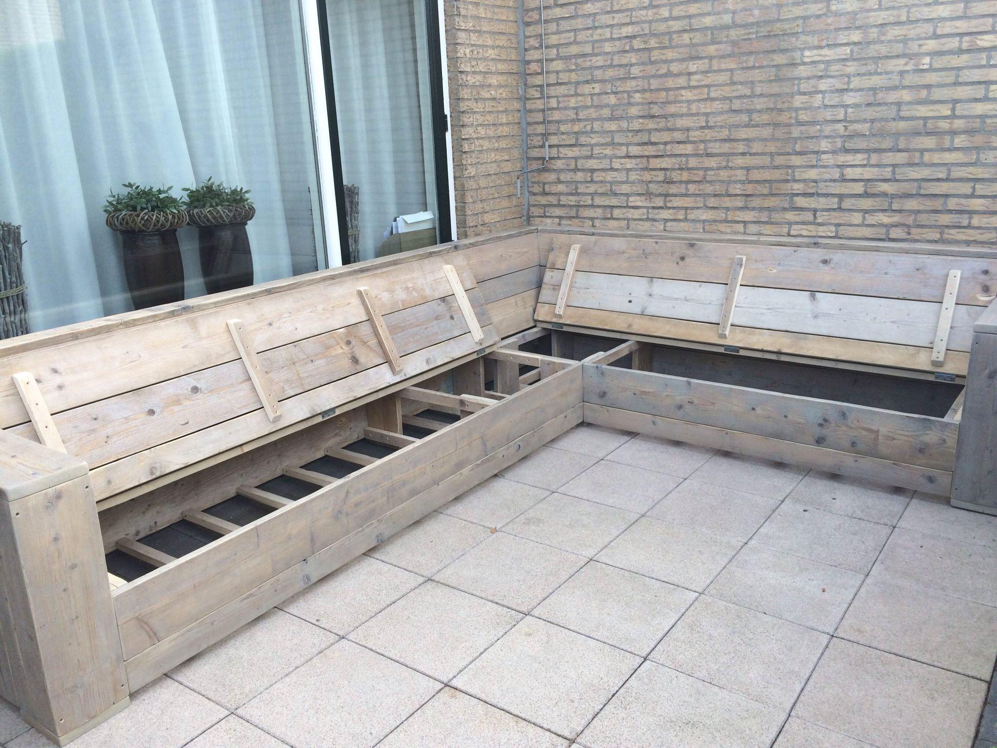 Loungebank met opbergruimte loungebank tuin pinterest woonidee n tuin en met - Meubilair loungeeetkamer ...