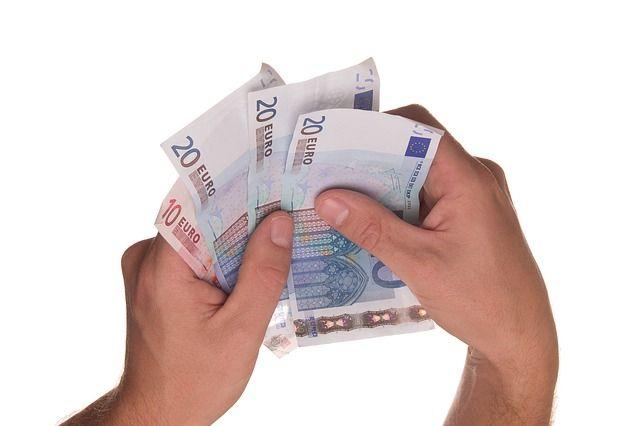 bitkoin  euro investicija)