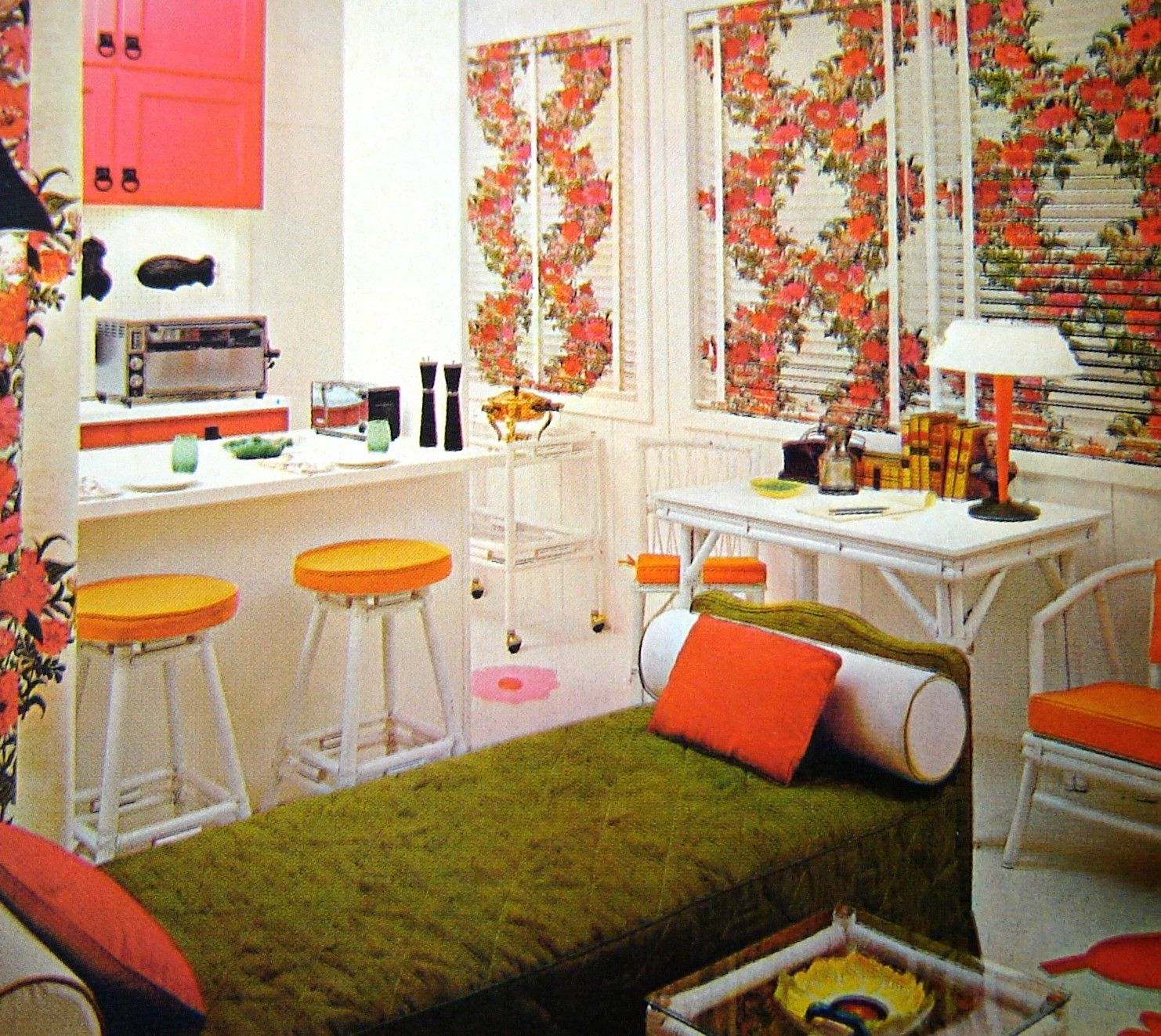 1960S Interior Design Pleasing I'm Telling You There's Something About These Crazy 60S Rooms Review