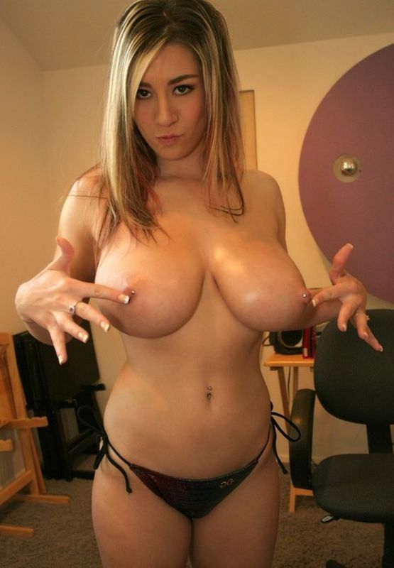 1000+ images about big tits on Pinterest | Kid, Ex girlfriends and ...