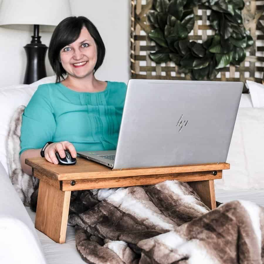 DIY Lap Desk & Folding Bed Tray Table Tutorial | Bed tray ...