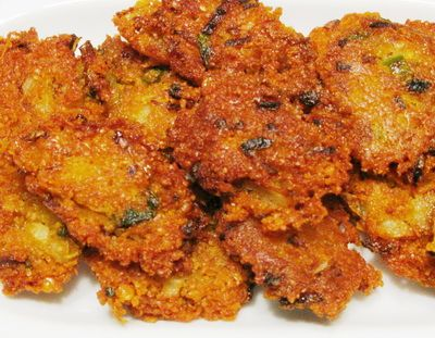 Piaju onion lentil fritter by rownak jahan january 1 bengali piaju onion lentil fritter by rownak jahan january 1 bangladeshi foodbengali forumfinder Image collections