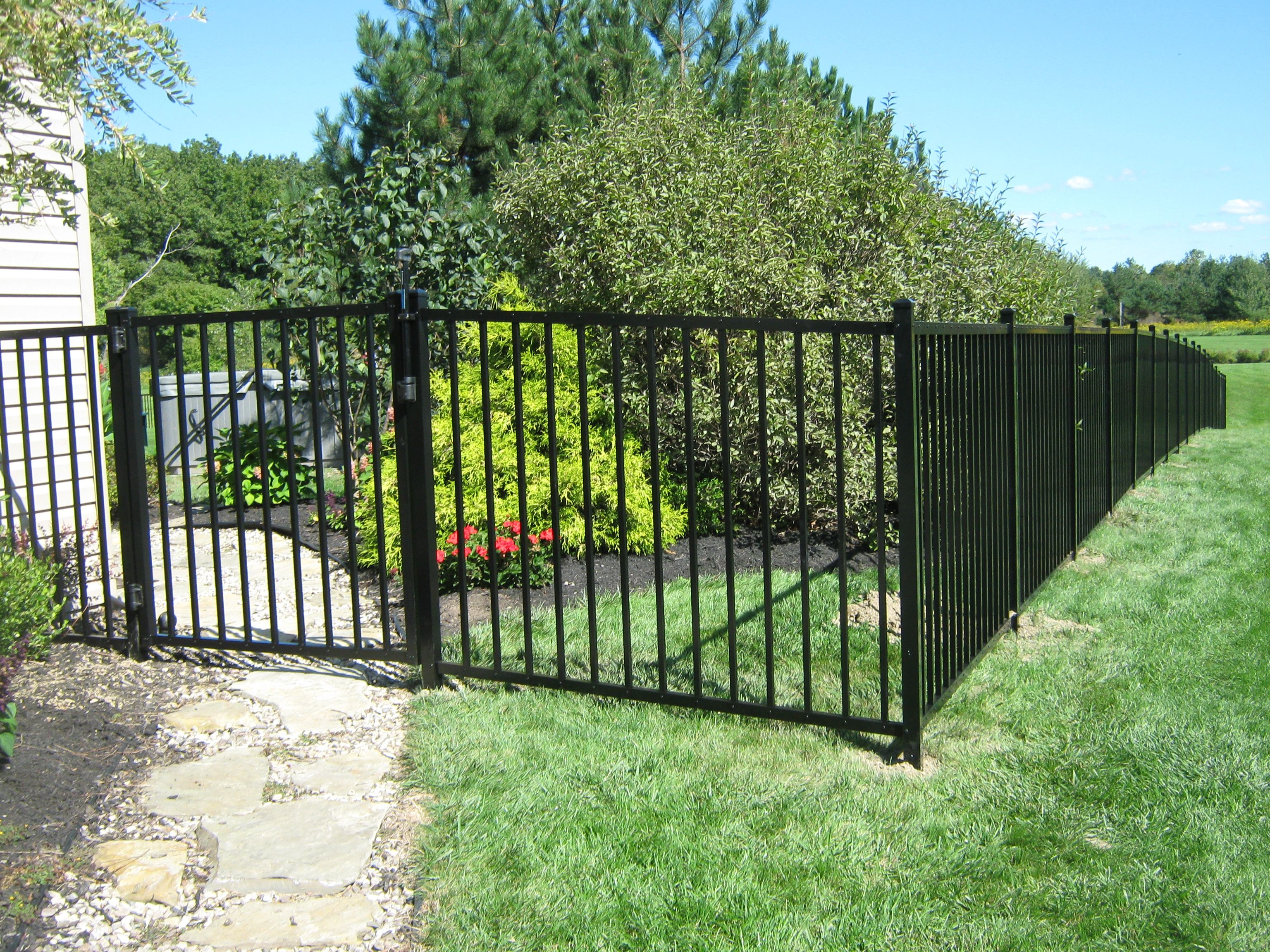 Black Metal Fencing Photo 4 Foot High Black Aluminum
