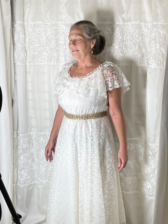 1930s White Dress Vintage 1930s White Eyelet Lace Dress Etsy White Vintage Dress Eyelet Lace Dress Lace Dress [ 1795 x 1795 Pixel ]