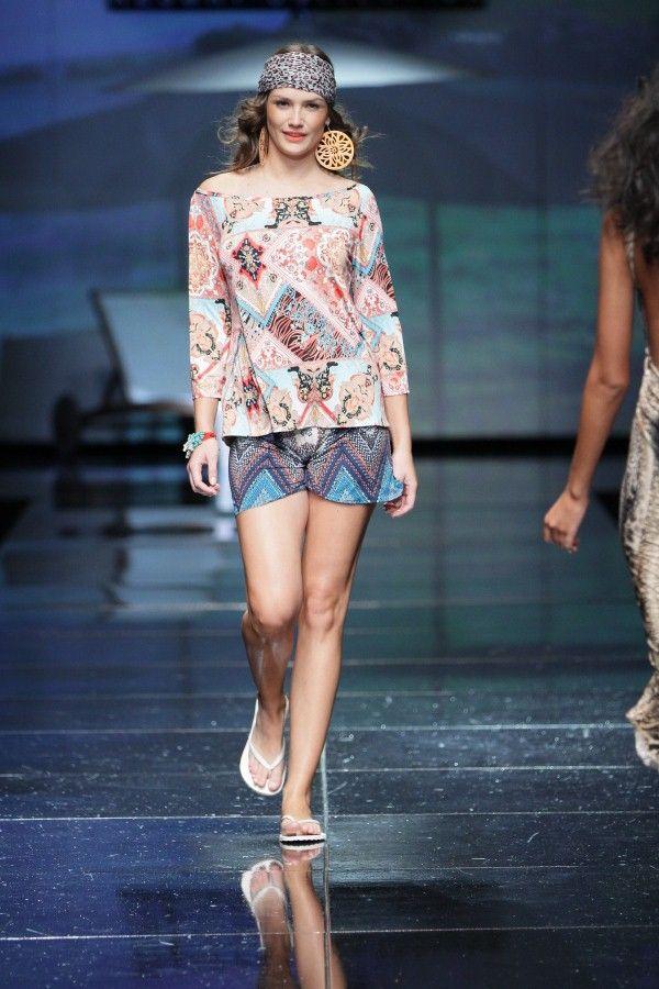 MERCEDES-BENZ FASHION WEEK Cape Town 2012 http://www.sperovillioti.co.za/couture.htm