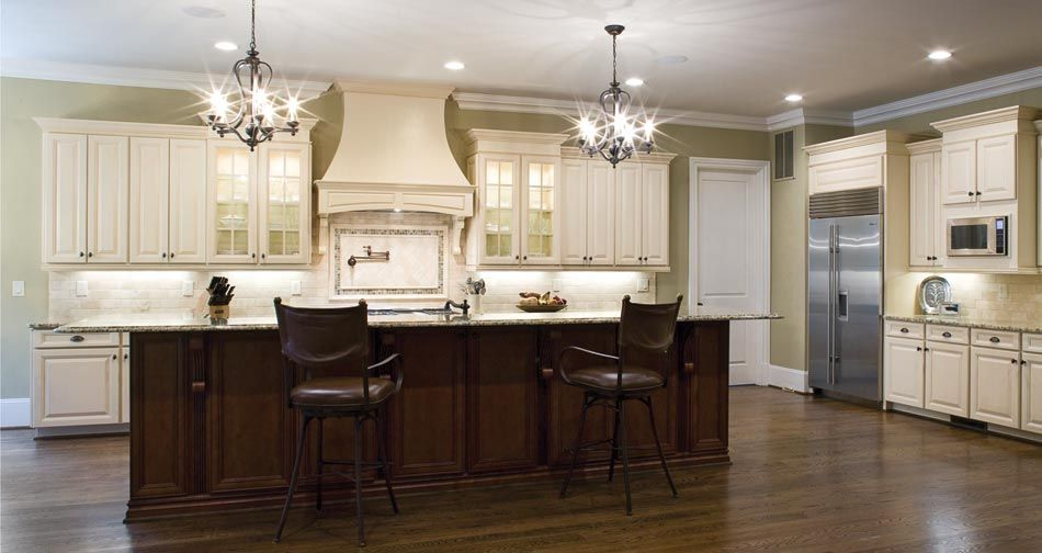 Title yorktown maple brushed brown glaze more kitchen for Ultimate kitchens