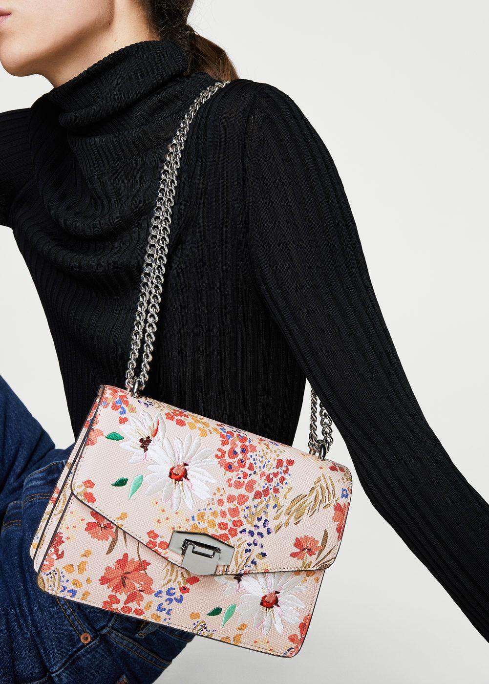 d699a077fdb Bags for Woman | MANGO Singapore | 2 . 0 / C A T A L O G U E