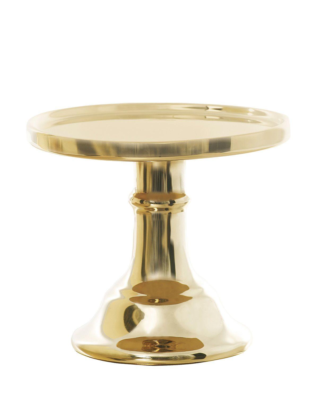 Du liebst es festlich und glamourös? Der Keramik-Tortenständer ganz in Gold von Miss Étoile setzt einen strahlenden Akzent auf der Festtafel.