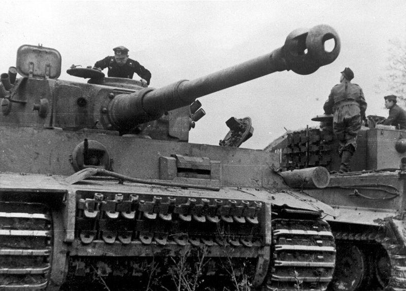 Немецкие танки Pz.Kpfw. VI «Тигр» 505-го тяжелого ...