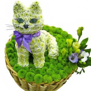 """Букет Игрушка из цветов. Композиция """"Кошечка на полянке ..."""