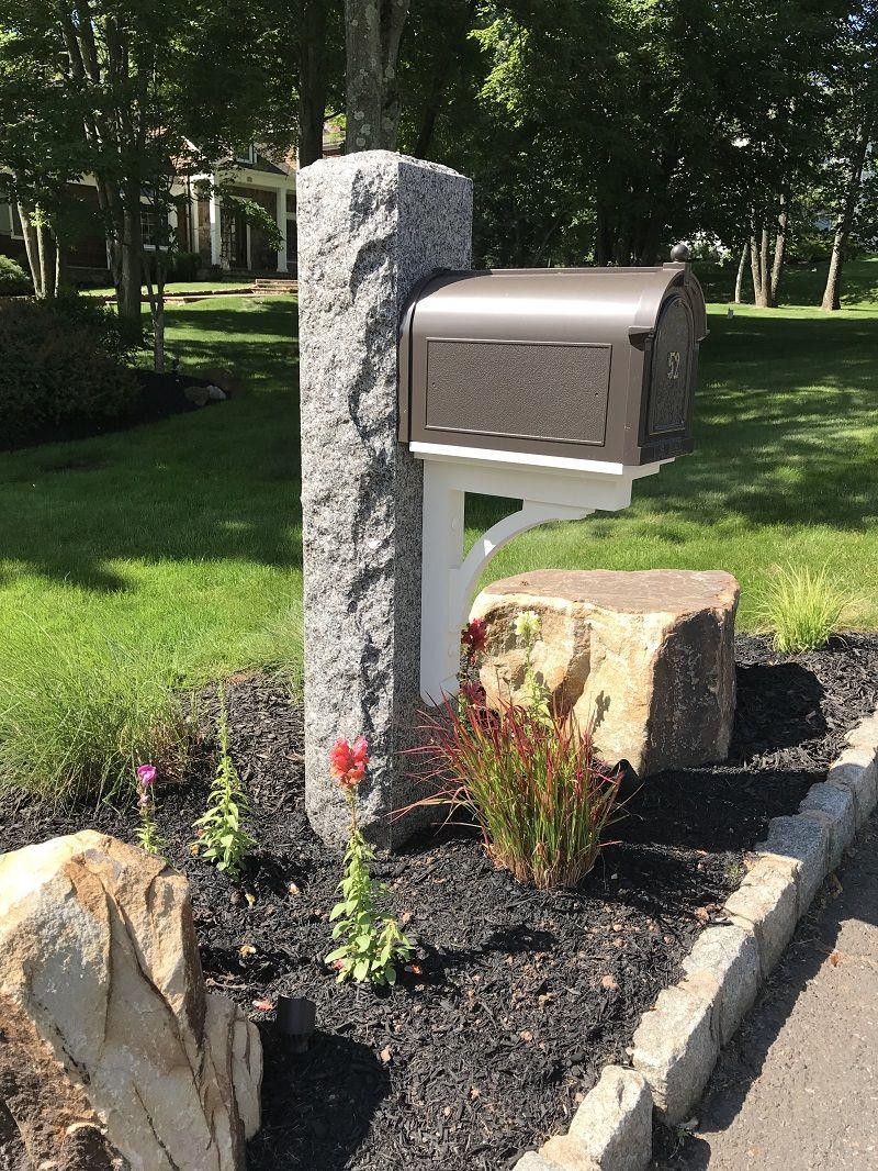 Caledonia Granite Mailbox Post 10 X 10 X 7 0 Stone Mailbox Mailbox Landscaping Mailbox Post