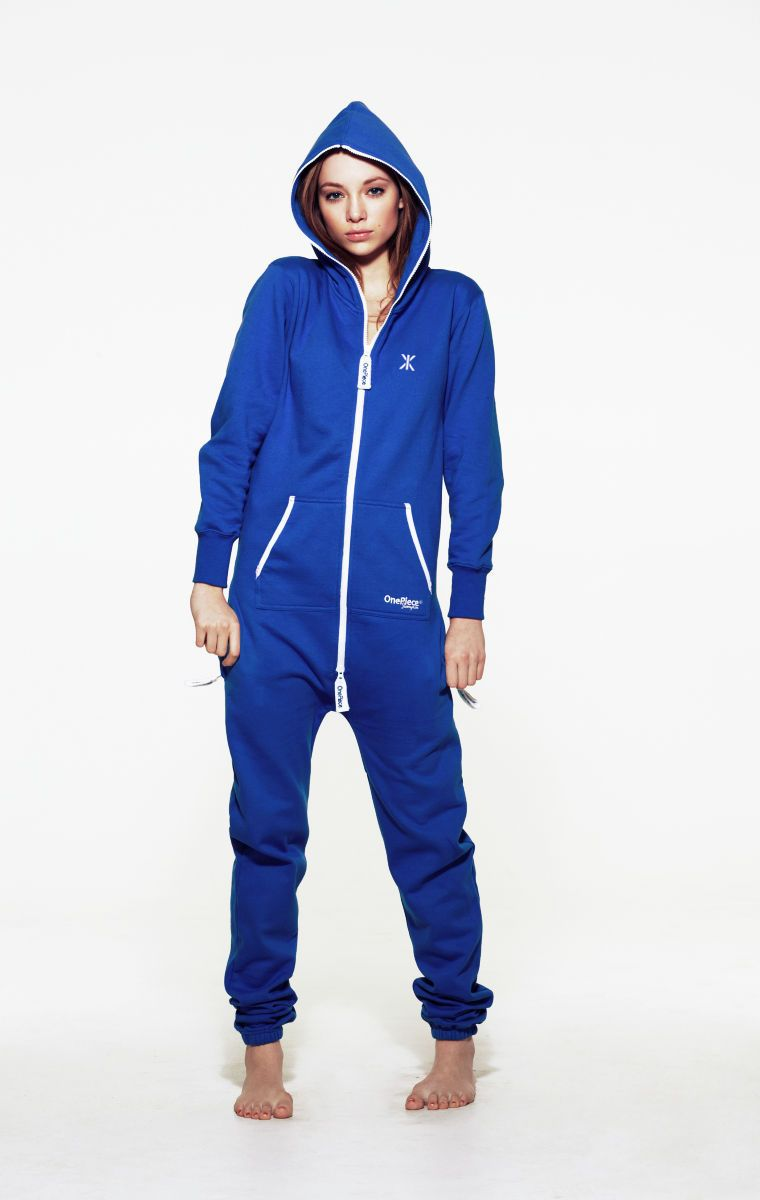Classic OnePiece Original Royal Blue Unisex Onesie. Our super soft cotton onesies are perfect for men and women and look fantastic who ever wears them. The OnePiece Onesie are the original adult onesies and are the ultimate in both style and comfort.  80% Cotton, 20% Polyester - Fleece lined soft fabric inside - 350gsm quality. Male model's height: 180cm/5'9