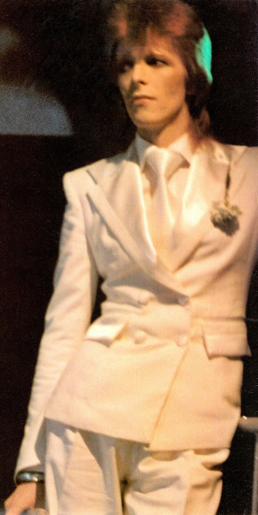 DAVID BOWIE cover ROCK SUPERSTARS poster magazine No. 2 1975. Very dreamy photo of David in cream-white suit with satin lapels & tie (Penthouse Poster Press N.Y) photo detail. (please follow minkshmink on pinterest)