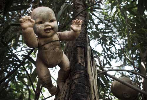 ISLA DE LAS MUNECAS, MEXIKO Die Puppeninsel ist einer der seltsamsten Orte der Erde. Es liegt südlich von Mexiko-Stadt und war ein …
