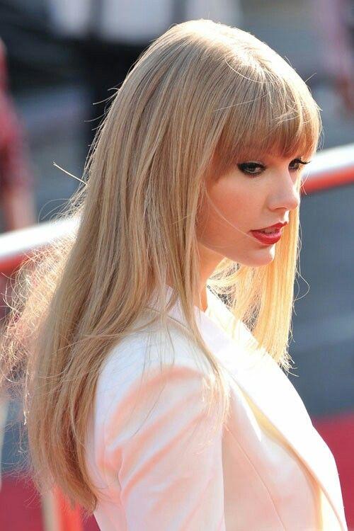 Taylor Swift Long Hair Taylor Swift Hair Taylor Swift Bangs Straight Bangs Hairstyles