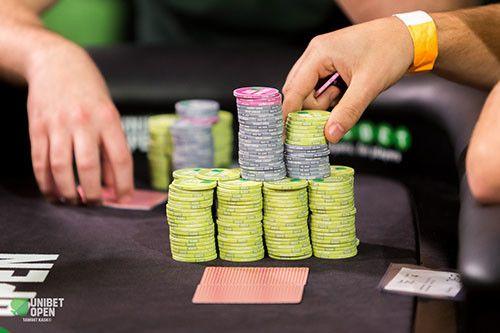 Tentu hal utama yang dibutuhkan untuk bisa mendapatkan kemenangan di situs Agen Judi Poker Online adalah keterampilan, pengalaman dan strategi terbaik