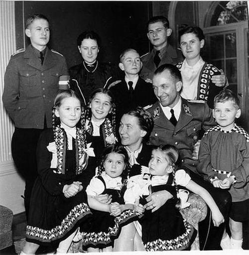 La famille allemande sous le troisième Reich.