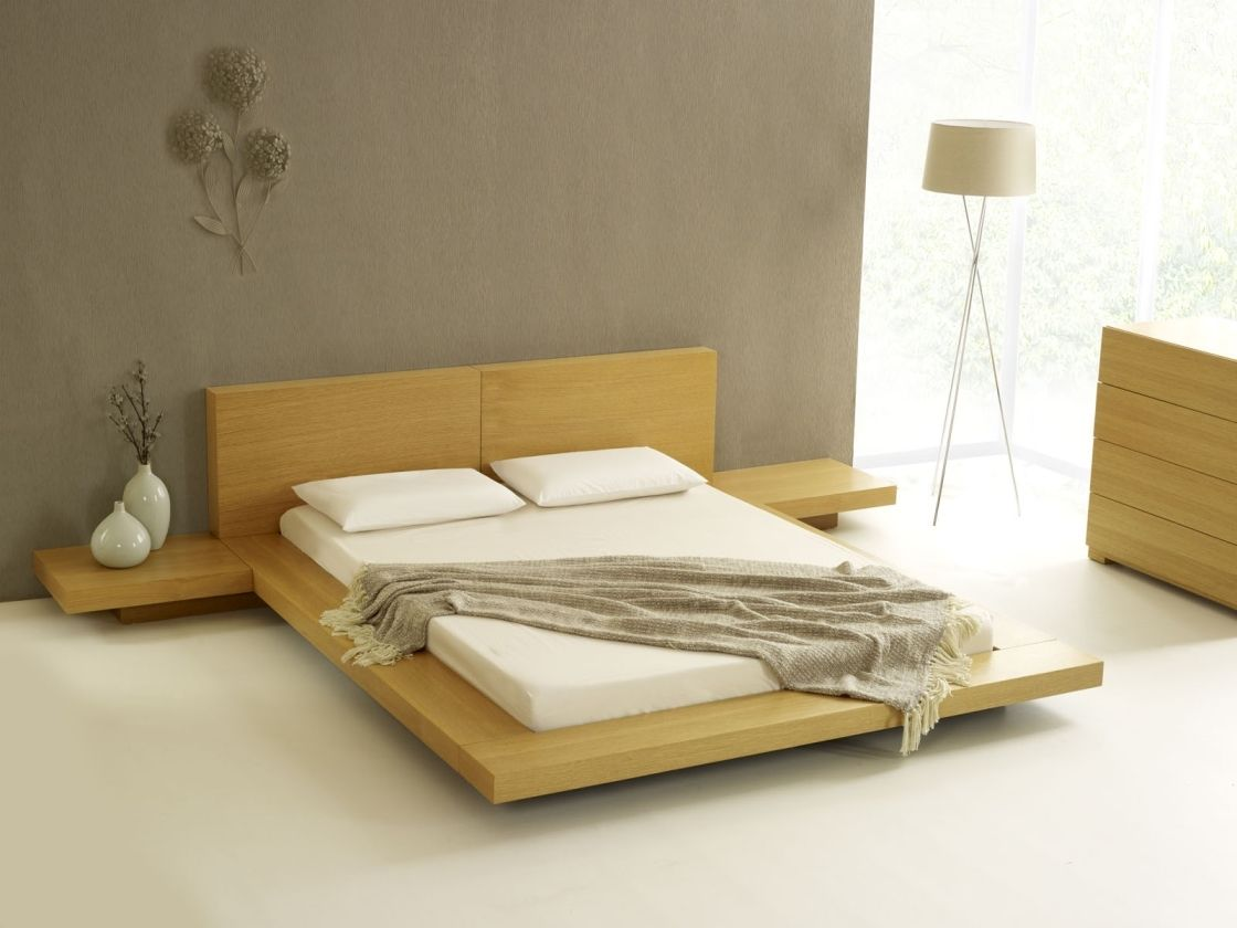 Fetching Design Of Unusual Queen Low Profile Bed Frame With Golden Oak Wood And Connected Side Tables Minimalist Bed Japanese Style Bedroom Japanese Style Bed