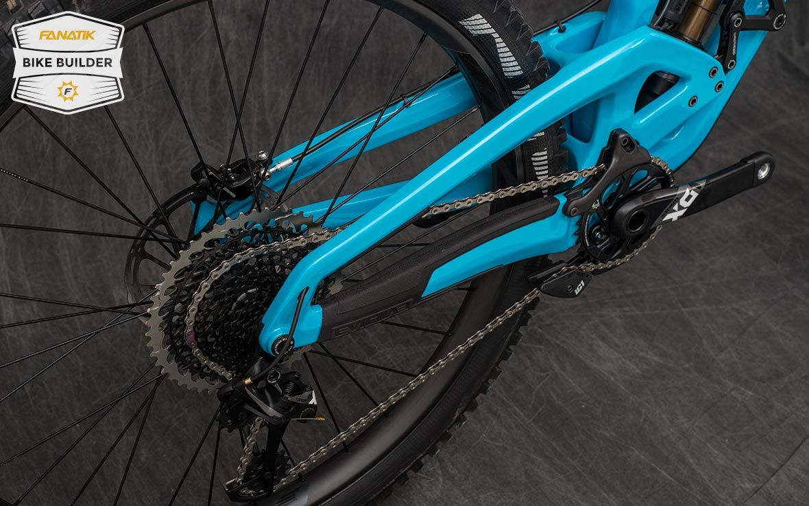 fab59c4029a Evil Wreckoning   Fanatik Bike Co. Custom Mountain Bike Build Gallery